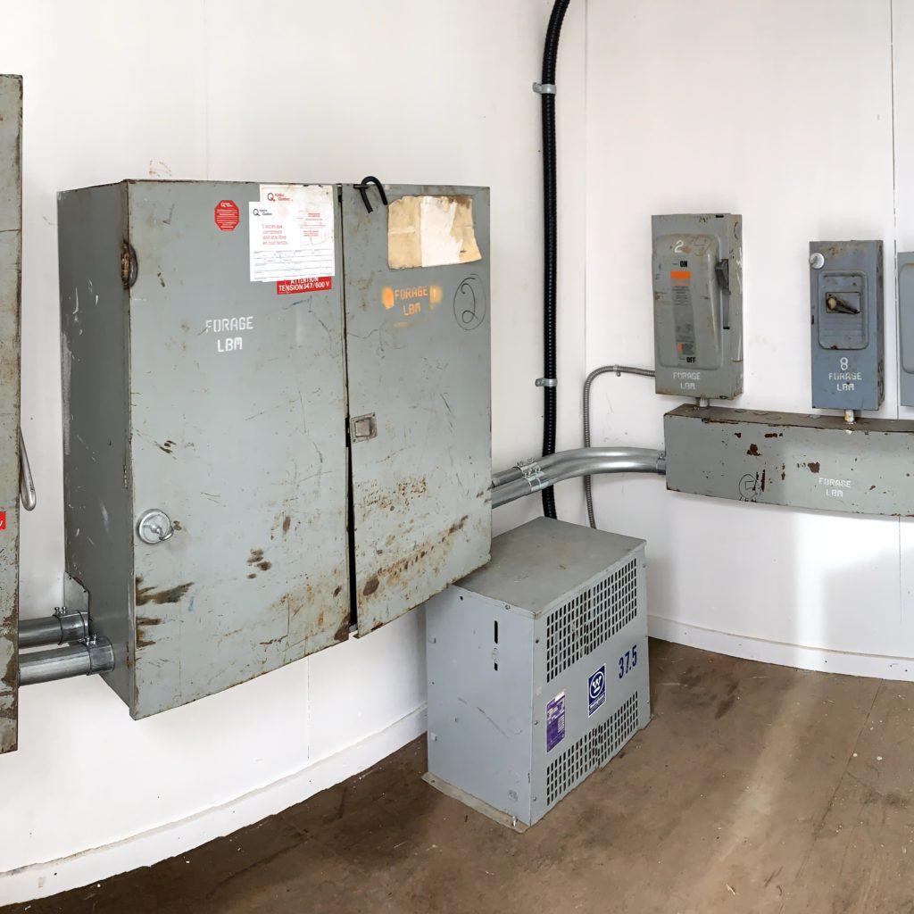 Installation électrique dans un container (projet minier)